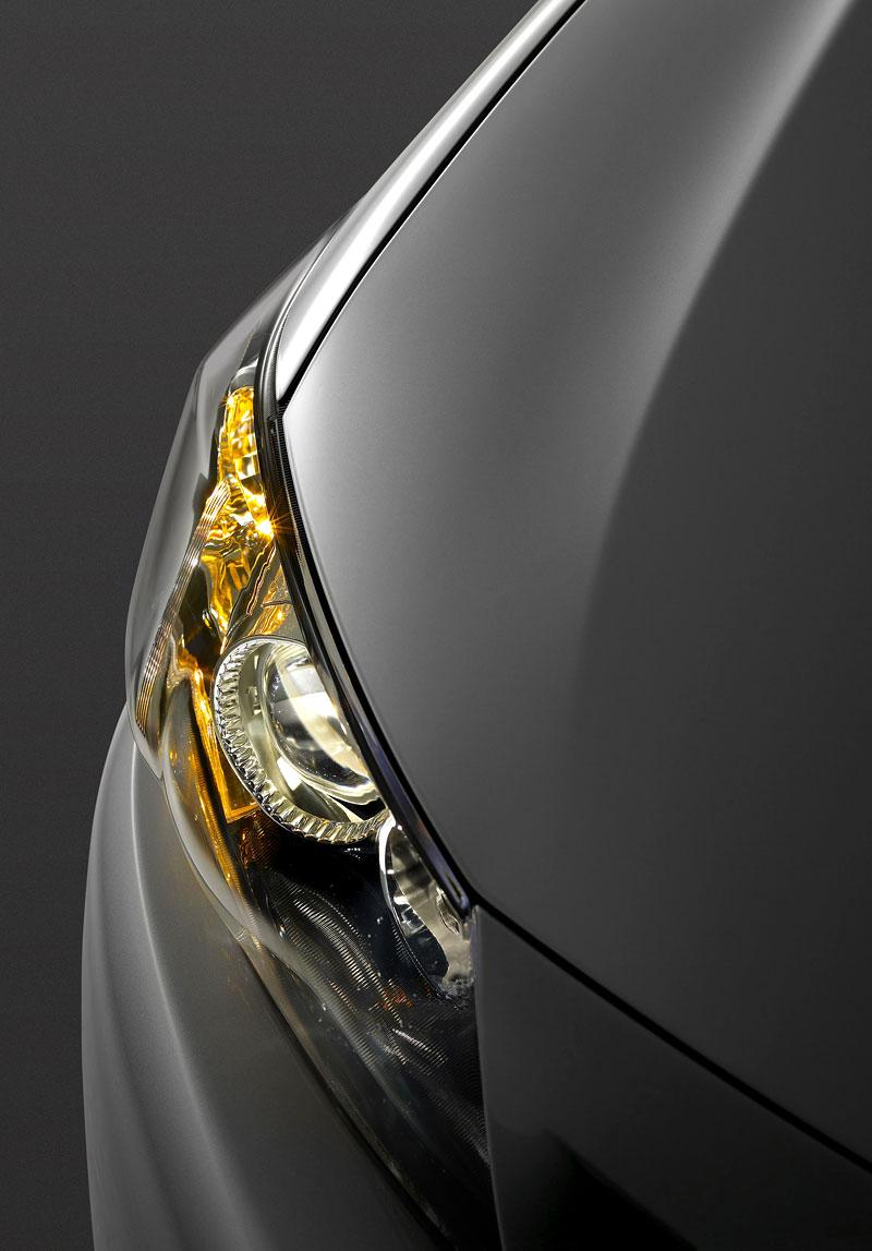 Scion tC Coupe: premiéra druhé generace v New Yorku: - fotka 29