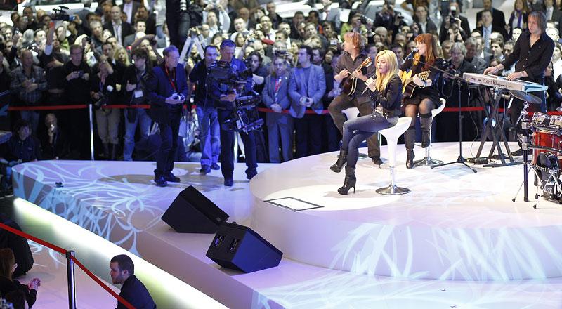 Největší hvězda na stánku Seatu: Shakira: - fotka 6