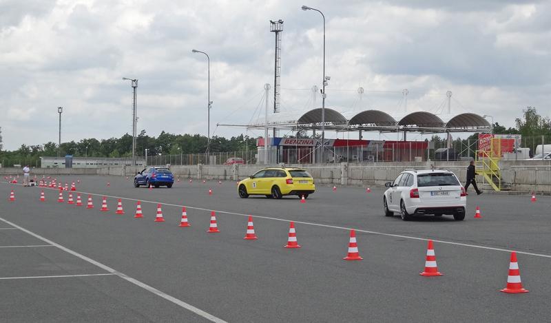 Reportáž: Se Škodou Octavia RS na Masarykově okruhu: - fotka 63