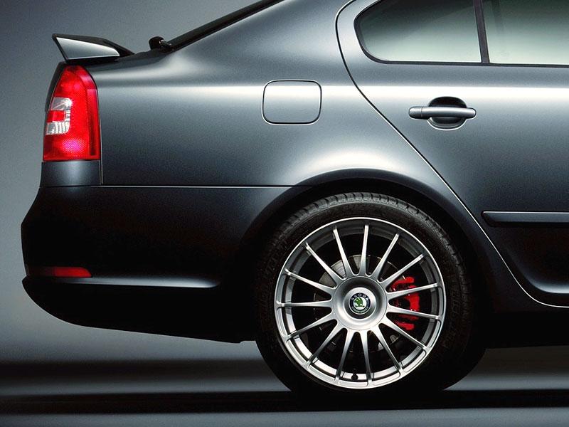 Škoda Octavia RS - limitka pro Spojené království: - fotka 6