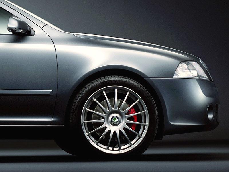 Škoda Octavia RS - limitka pro Spojené království: - fotka 7