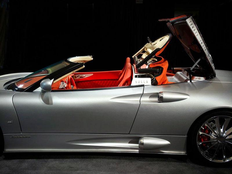 Spyker C8 Aileron Spyder: dlouhý Holanďan bez střechy: - fotka 10