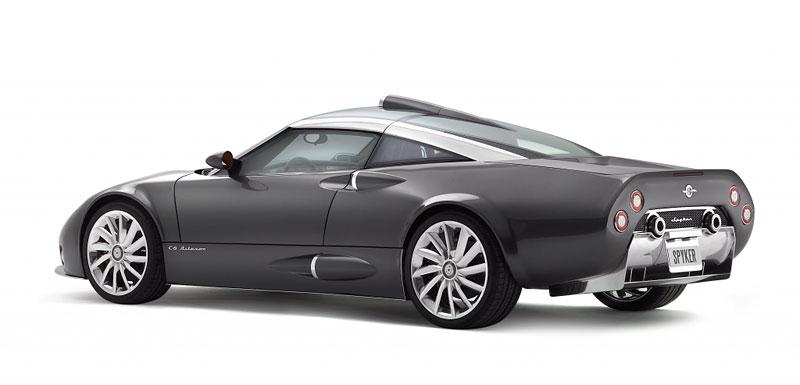 Ženeva živě: Spyker C8 Aileron – do módy nastupuje prodlužování: - fotka 6
