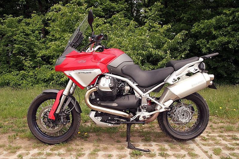 Dueltest - Honda XL1000V Varadero vs. Moto Guzzi Stelvio 1200: - fotka 13