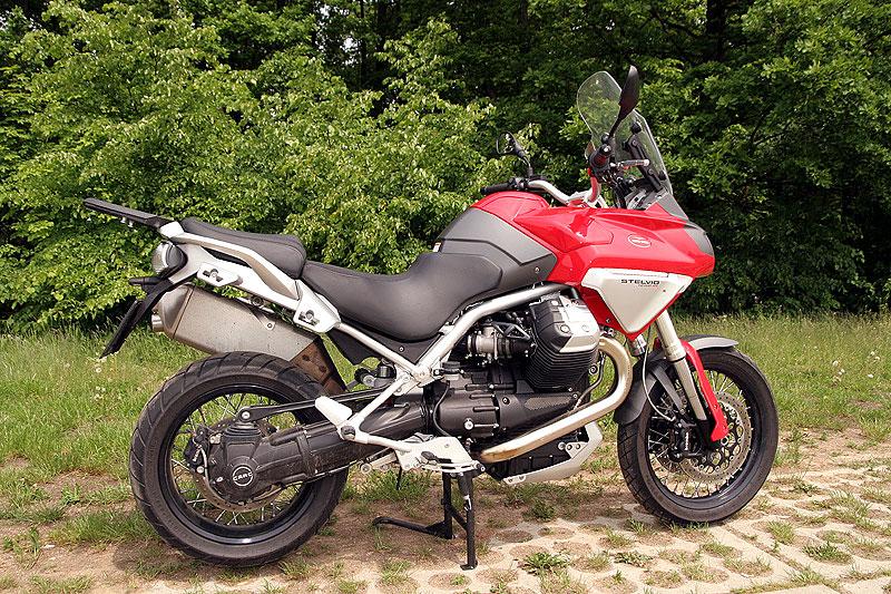 Dueltest - Honda XL1000V Varadero vs. Moto Guzzi Stelvio 1200: - fotka 14