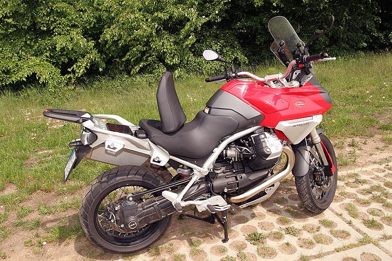 Dueltest - Honda XL1000V Varadero vs. Moto Guzzi Stelvio 1200: - fotka 17