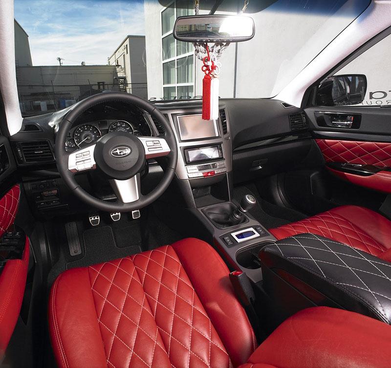 Subaru Legacy GTk: opravdu VIP koncept: - fotka 2