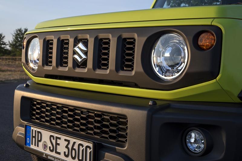 Je nové Suzuki Jimny stále pořádný off-road? Britové ho poslali do souboje s Toyotou Land  Cruiser: - fotka 37