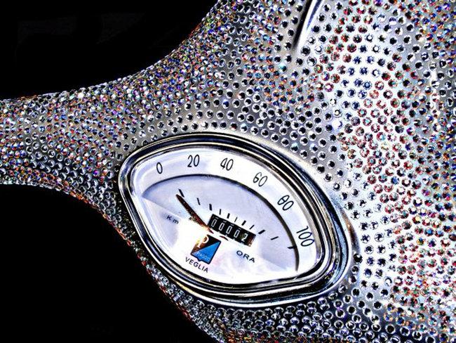 Piaggio Vespa - skútr dvakrát jinak: - fotka 1
