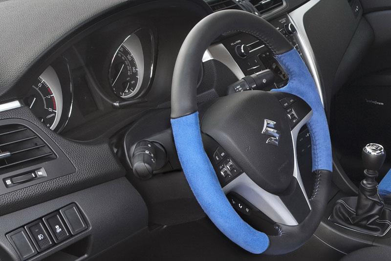 Suzuki Kizashi Apex Turbo Concept: ostrý sedan má 300 koní: - fotka 1