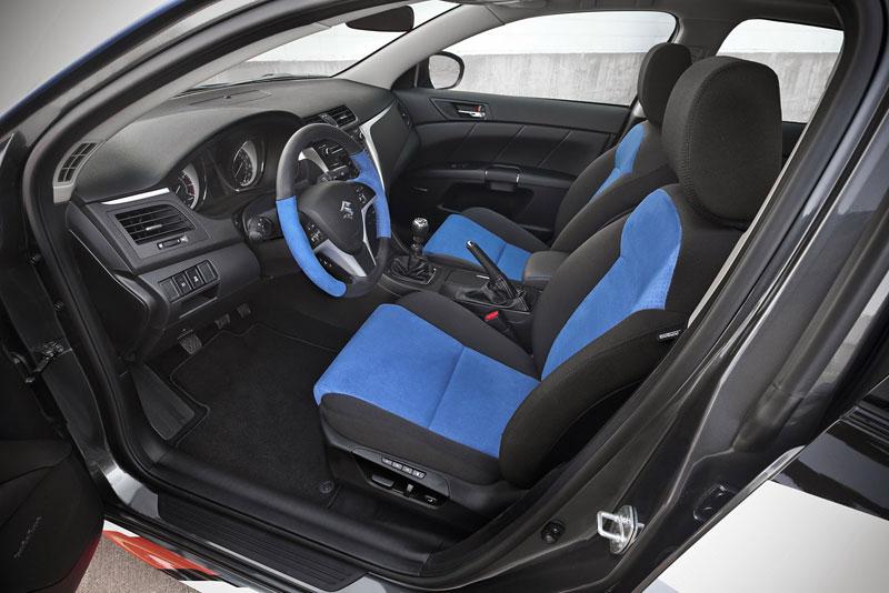 Suzuki Kizashi Apex Turbo Concept: ostrý sedan má 300 koní: - fotka 4