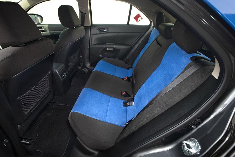 Suzuki Kizashi Apex Turbo Concept: ostrý sedan má 300 koní: - fotka 5