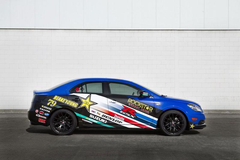Suzuki Kizashi Apex Turbo Concept: ostrý sedan má 300 koní: - fotka 14