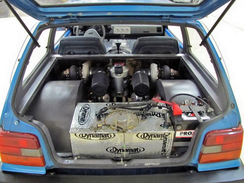 Dokonalý sleeper: Suzuki Swift s motorem V8 6.6: - fotka 19