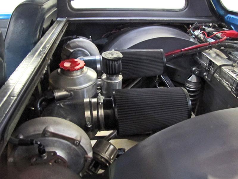 Dokonalý sleeper: Suzuki Swift s motorem V8 6.6: - fotka 23