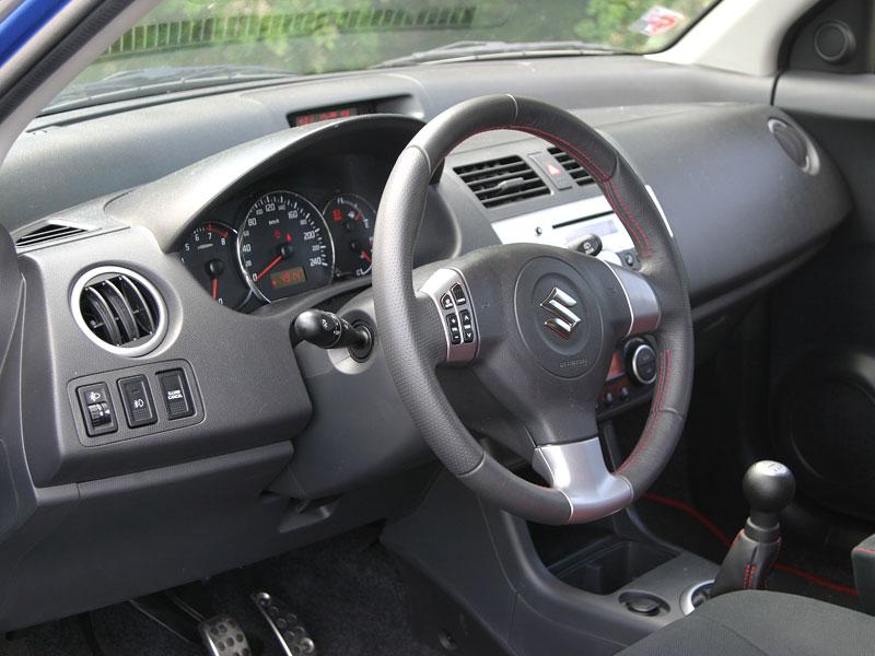 Suzuki Swift Sport: dokonale nedokonalý: - fotka 5