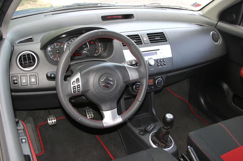 Suzuki Swift Sport: dokonale nedokonalý: - fotka 6