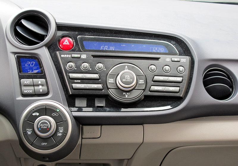 Silvestrovský test: Honda Insight: Flower power: - fotka 5