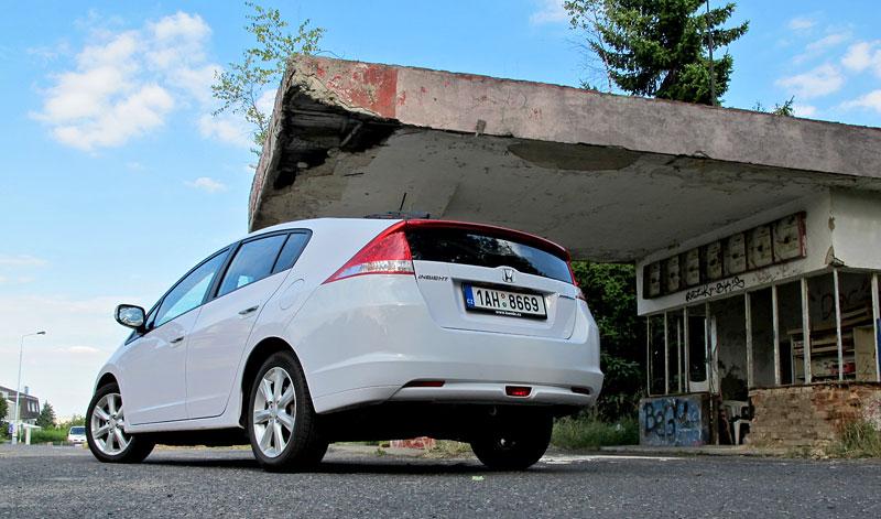 Silvestrovský test: Honda Insight: Flower power: - fotka 30