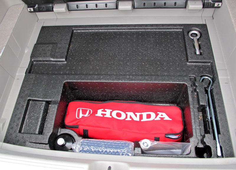 Silvestrovský test: Honda Insight: Flower power: - fotka 32