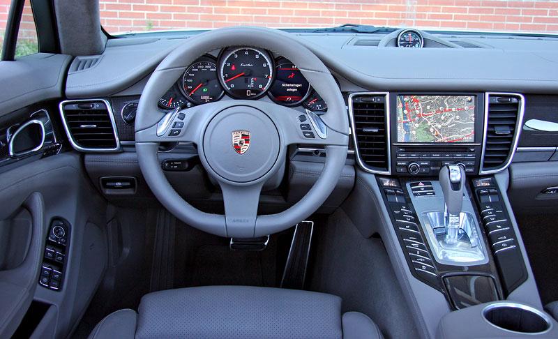 Test: Porsche Panamera Turbo: Ať tě provází síla: - fotka 7