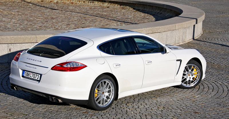 Test: Porsche Panamera Turbo: Ať tě provází síla: - fotka 39