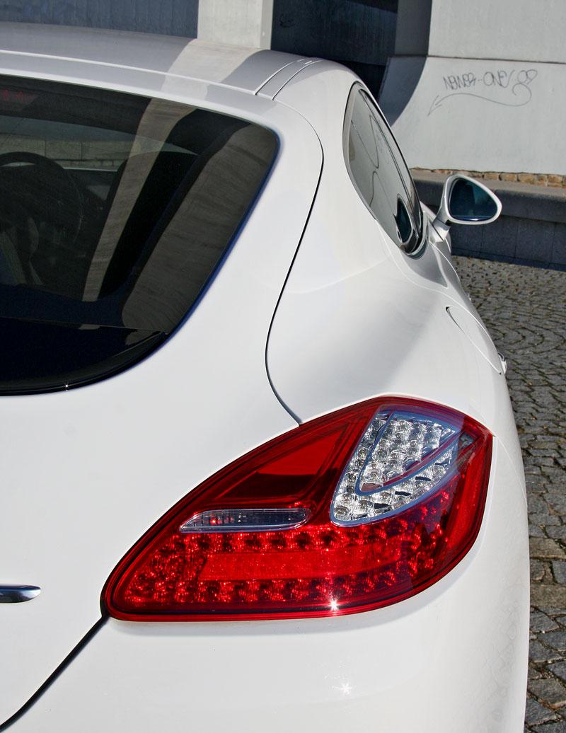 Test: Porsche Panamera Turbo: Ať tě provází síla: - fotka 58