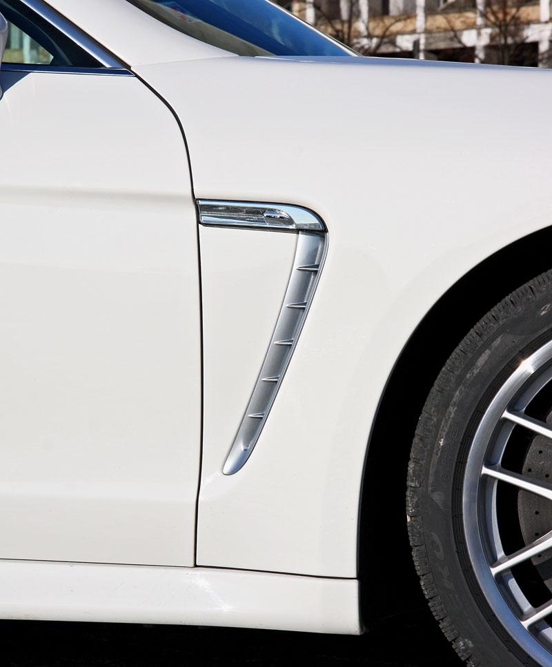 Test: Porsche Panamera Turbo: Ať tě provází síla: - fotka 64