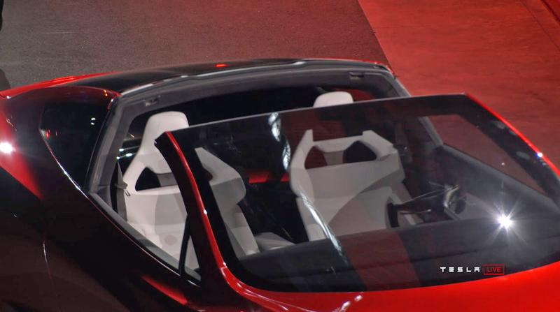 Elon Musk představil další bláznivou vizi. Příští Tesla Roadster se prý bude vznášet: - fotka 14