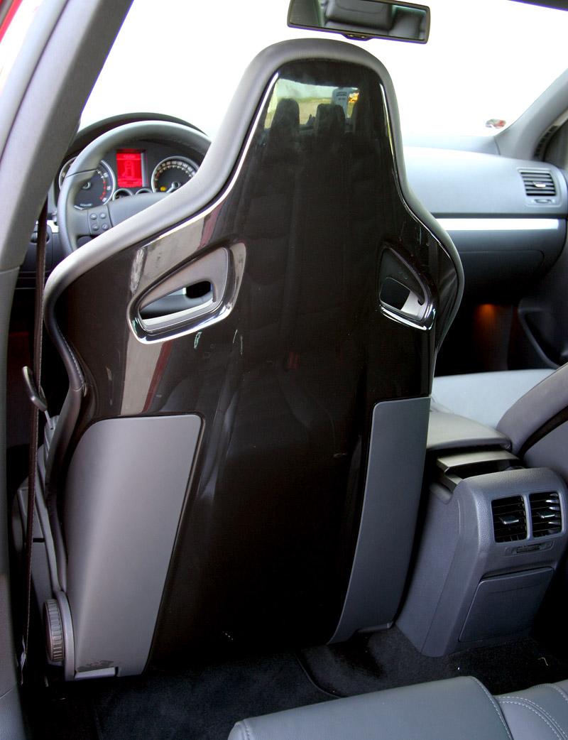 """Test: Golf GT vs. Golf GTI vs. Golf R32 – jsou všechny """"hot""""?: - fotka 9"""