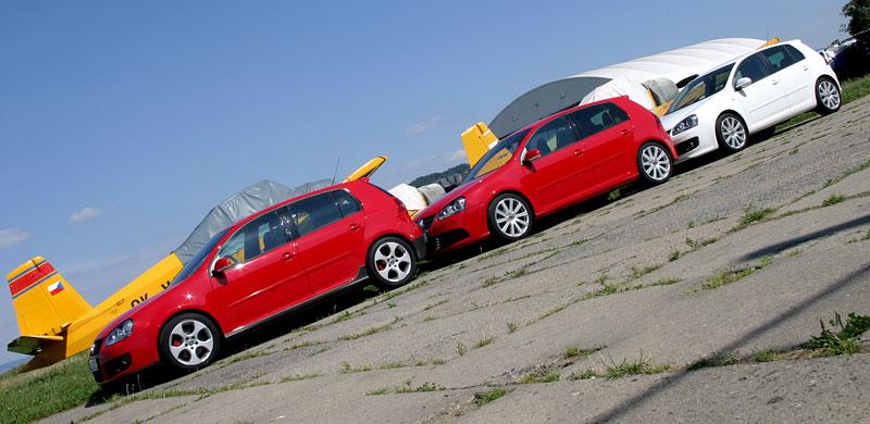 """Test: Golf GT vs. Golf GTI vs. Golf R32 – jsou všechny """"hot""""?: - fotka 15"""