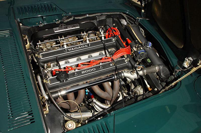 Vymazlená Toyota 2000GT z roku 1970: - fotka 10