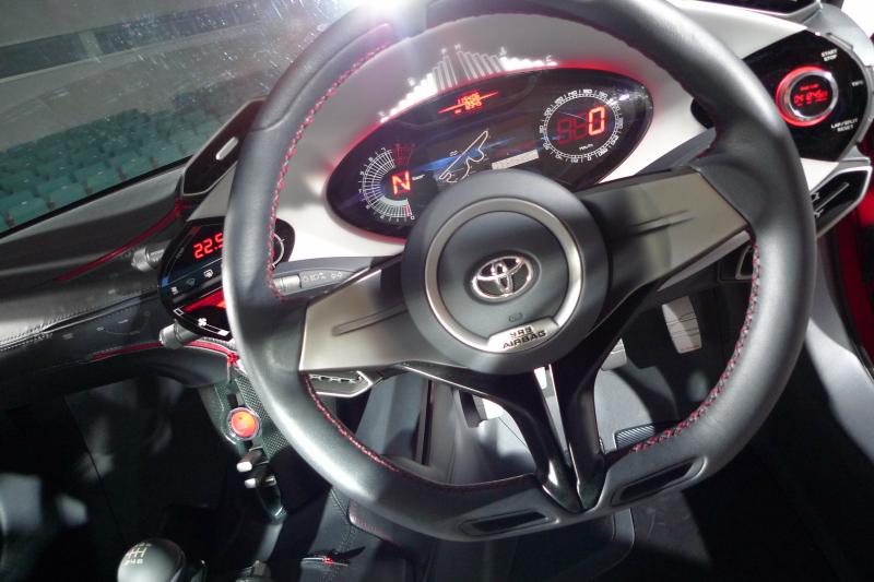 Toyota FT-86 i jako kabriolet? Asi ano. A Subaru zase se 4x4: - fotka 3