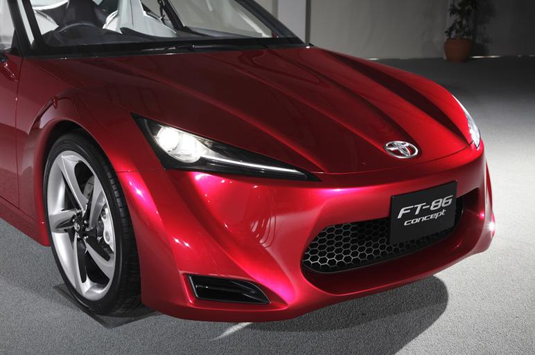 Toyota FT-86 i jako kabriolet? Asi ano. A Subaru zase se 4x4: - fotka 30