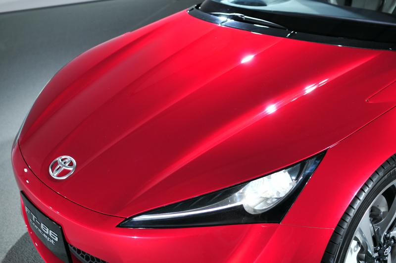 Toyota FT-86 i jako kabriolet? Asi ano. A Subaru zase se 4x4: - fotka 31