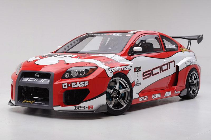Scion pro závody v driftování: - fotka 14