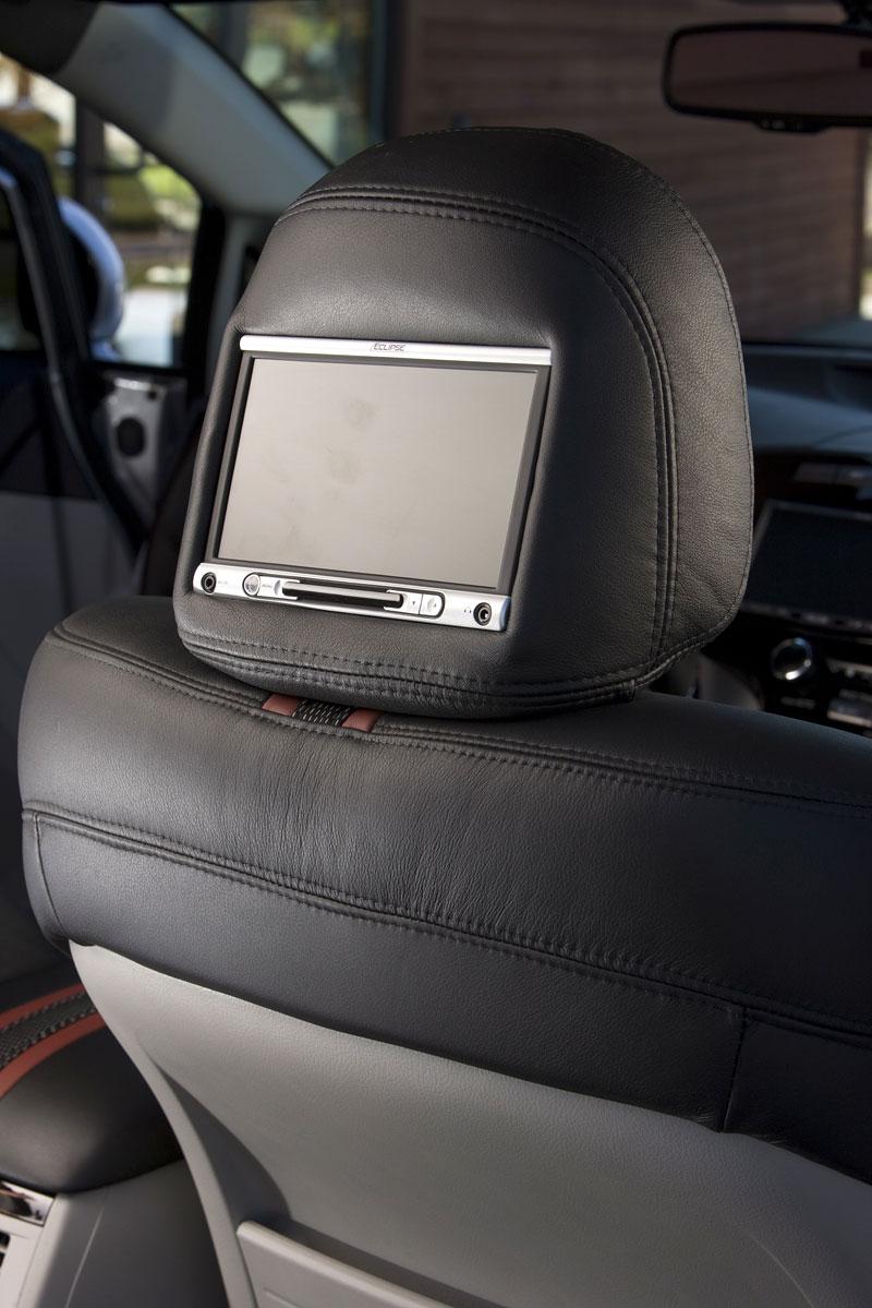 SEMA 2008: Toyota Venza SportLux od Street Image: - fotka 4