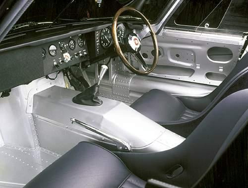Jaguar F-Type oficiálně oživen, roadsteru se dočkáme za dva roky!: - fotka 9