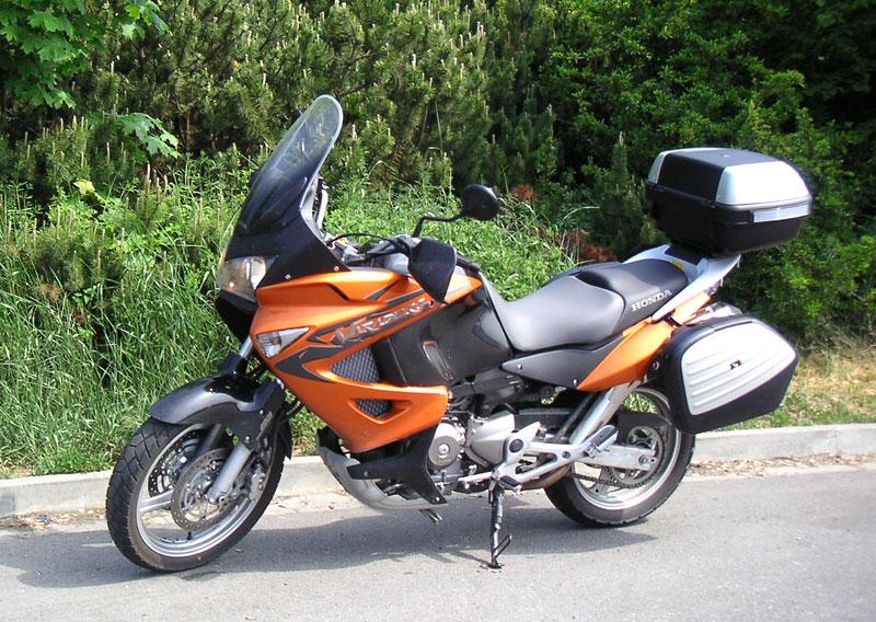 Dueltest - Honda XL1000V Varadero vs. Moto Guzzi Stelvio 1200: - fotka 41