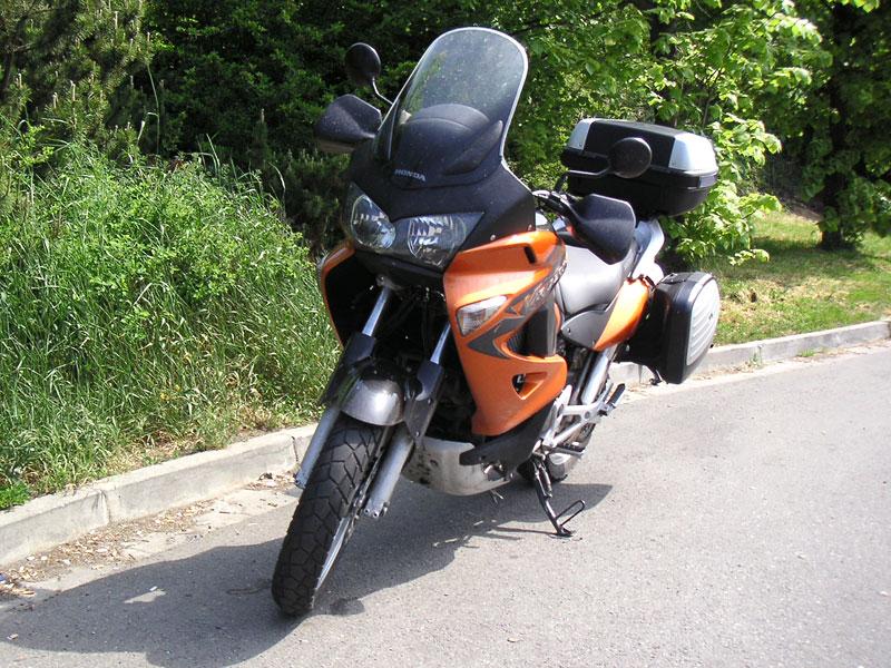 Dueltest - Honda XL1000V Varadero vs. Moto Guzzi Stelvio 1200: - fotka 42