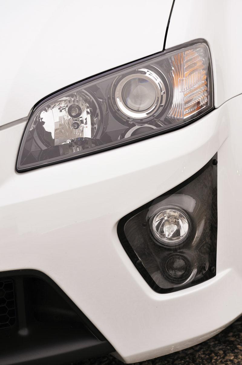 Vauxhall VXR8 Bathurst S: 560 koní by mohlo stačit: - fotka 24