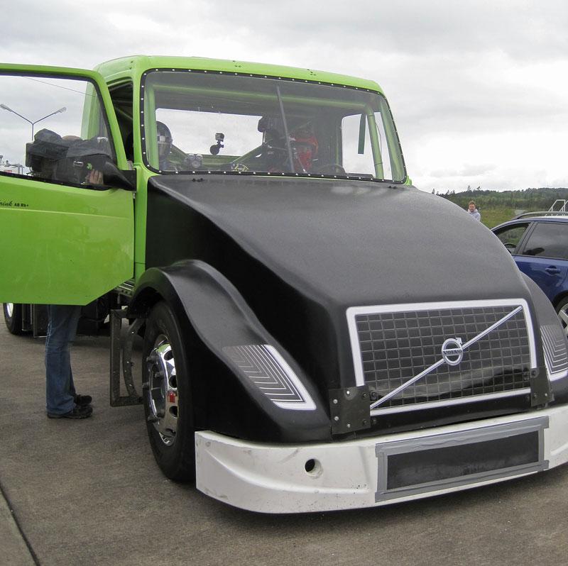 Mean Green: hybridní rekordman od Volvo Trucks: - fotka 3