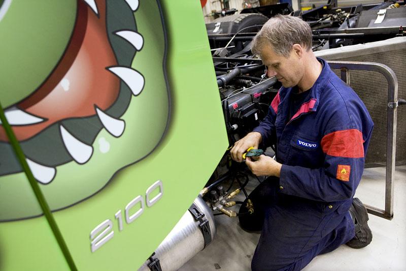 Mean Green: hybridní rekordman od Volvo Trucks: - fotka 8