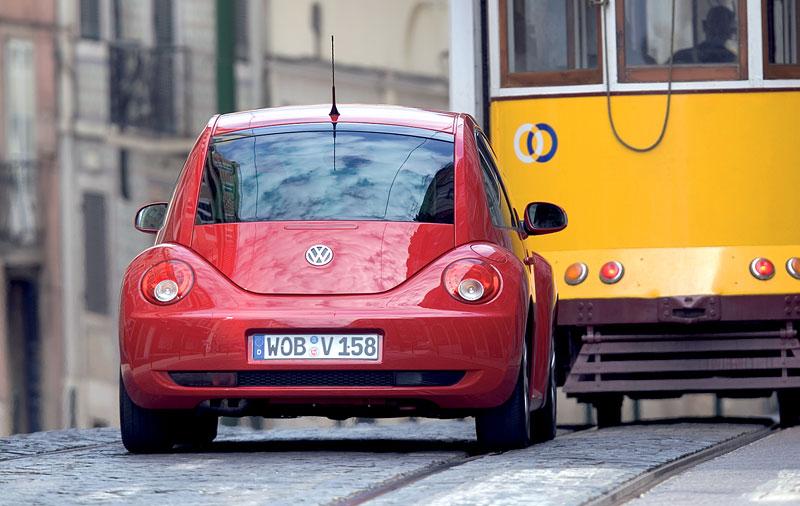 VW Beetle Cabrio Final Edition: (ne)nech brouka žít: - fotka 20