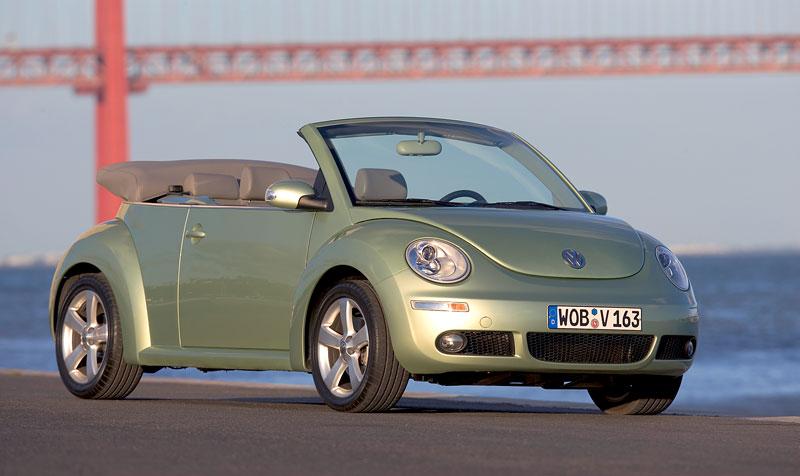 VW Beetle Cabrio Final Edition: (ne)nech brouka žít: - fotka 26