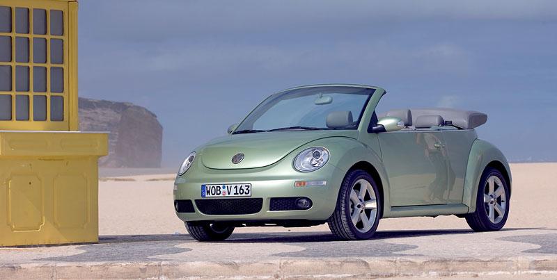 VW Beetle Cabrio Final Edition: (ne)nech brouka žít: - fotka 28