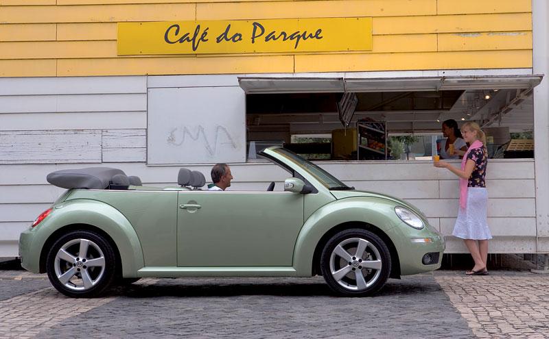 VW Beetle Cabrio Final Edition: (ne)nech brouka žít: - fotka 30