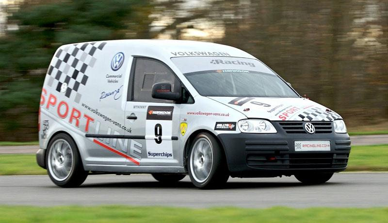 Volkswagen Caddy TDI: závodní dodávka na start: - fotka 2
