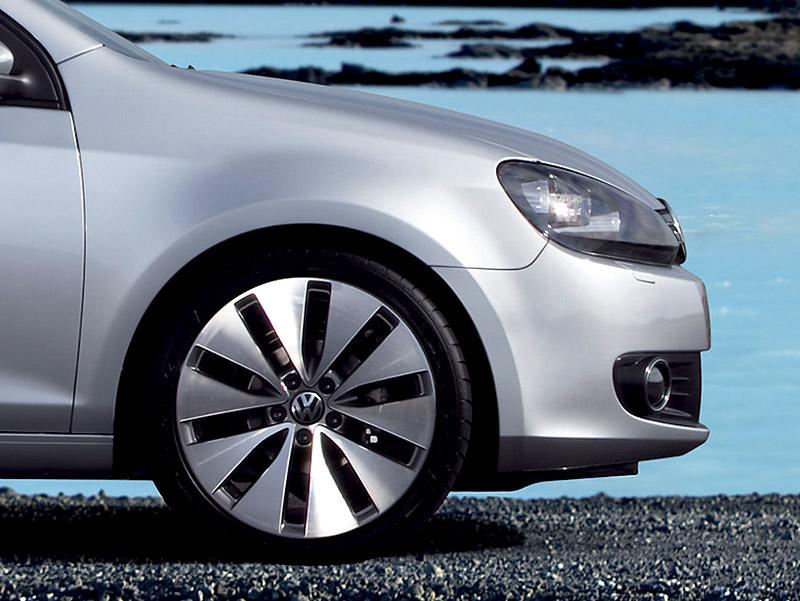 Volkswagen Golf bude mít dvě sportovní verze: - fotka 12