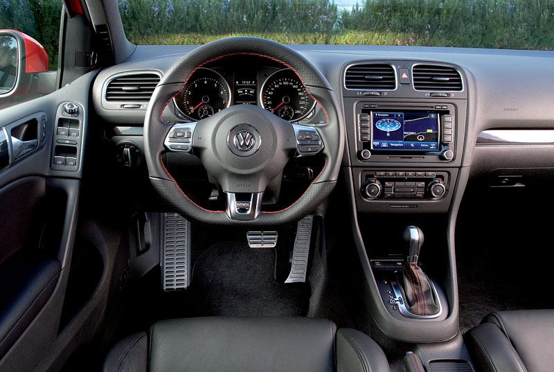 Volkswagen Golf GTI: APS nabízí 250 koní: - fotka 2